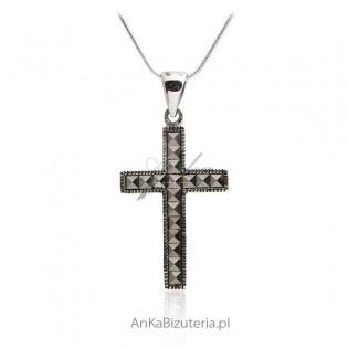 Krzyżyk srebrny - Zawieszka srebrna z markazytami