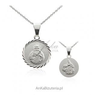 Matka Boska Szkaplerzna  -srebrny medalik