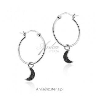Kolczyki srebrne kółka z wiszącym księżycem z czarnymi cyrkoniami