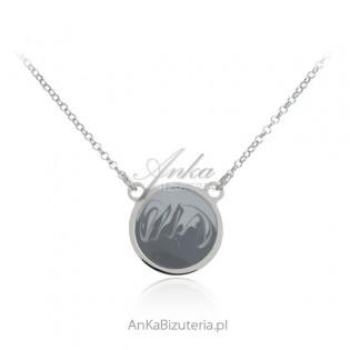 Srebrny Naszyjnik z artystycznym rysunkiem na  okrągłej blaszce srebrnej