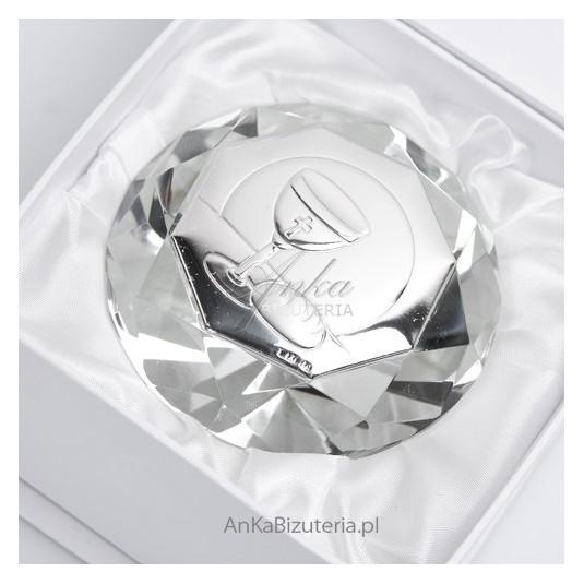 Piękny mały kryształ ze srebrnym motywem na Komunie Świętą - wspaniała Pamiątka.