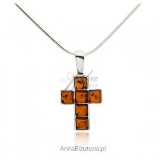 Krzyżyk srebrny z bursztynem