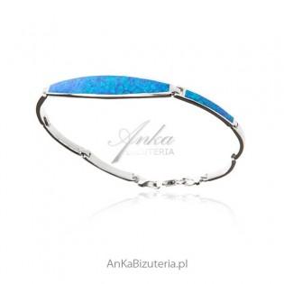 Elegancka bransoletka srebrna z niebieskim opalem
