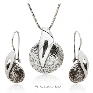 Komplet biżuterii srebrnej oksydowany