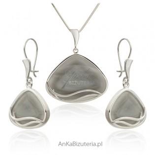 Komplet biżuterii z szarym kamieniem jubilerskim