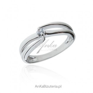 Pierścionek zaręczynowy - Pierścionek srebrny z białą cyrkonią