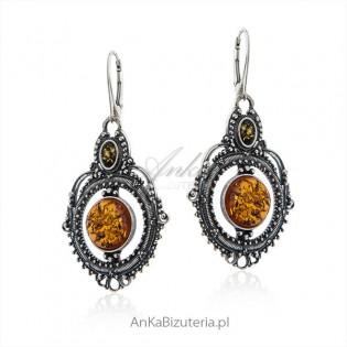 Oryginalne kolczyki srebrne z bursztynem - orientalna biżuteria z bursztynem