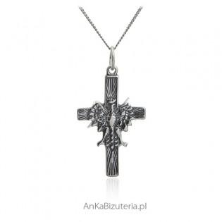 Srebrny krzyżyk z orłem - srebro oksydowane