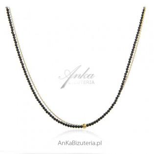 Śliczny elegancki naszyjnik srebrny pozłacany z czarnymi onyksami
