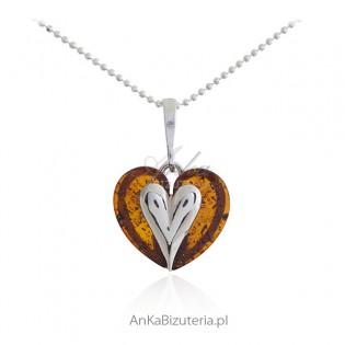 Serduszko srebrne z bursztynem - śliczna biżuteria z bursztynem - mała