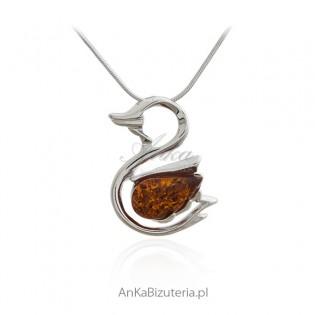 Śliczna zawieszka srebrna KACZUSZKA - biżuteria z bursztynem