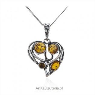 Biżuteria na Prezent dla dziewczyny  Srebrne serduszko z bursztynem