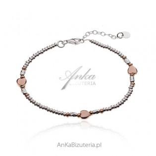 Srebrna bransoletka z serduszkami pozłacanymi różowym złotem