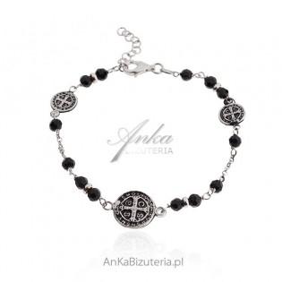 Srebrna bransoletka z wizerunkiem Św. Benedykta i czarnymi onyksami