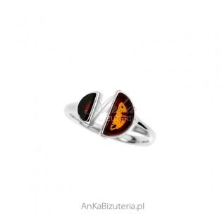 Srebrny pierścionek z bursztynem z BURSZTYNEM