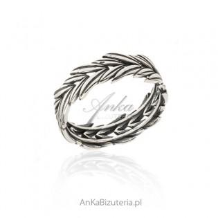 Srebrny pierścionek oksydowany KŁOS