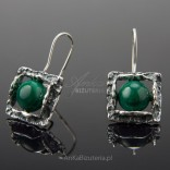 Silver oxidized earrings with malachite