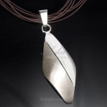 WISIOR silver is large. Classic silver jewelry