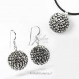 Swarovski set: Silver white balls on a graphite background
