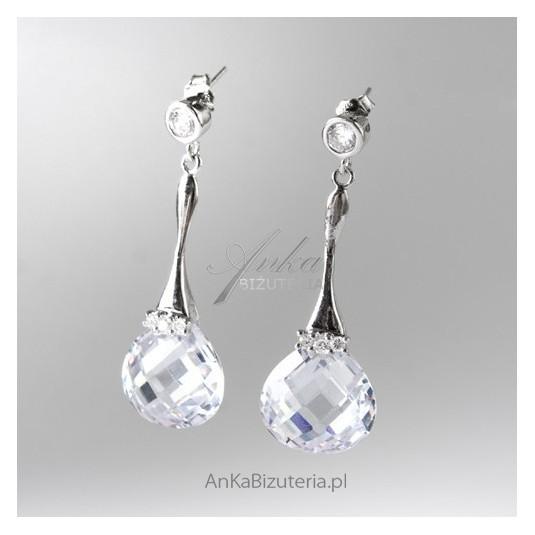 Piękne kolczyki srebrne  z kryształem Swarovski.
