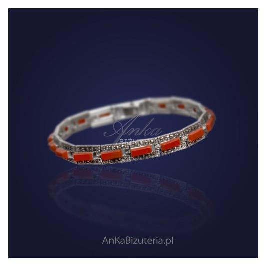 Srebrna Biżuteria Bransoletka srebrna z markazytami i kameolem.