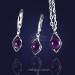 Fantastic set: silver pendant and earrings with amethyst.