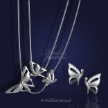 Butterflies - silver rhodium-plated set of earrings and a necklace.