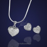 Beautiful silver jewelry. Heart with crystals.