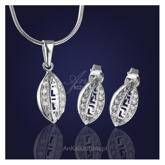 """Komplet biżuterii srebrnej:  """" Zjawiskowe Greckie Cyklady"""" z cyrkoniami."""