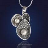 Original jewelry. Pearls in shells - silver pendant with natural pearls.