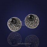 Jewelry: Casual silver earrings with onyx and marcasites.