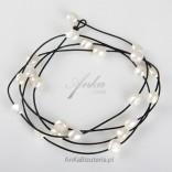Jewelry Necklace Bracelet pearls jewelry in many ways