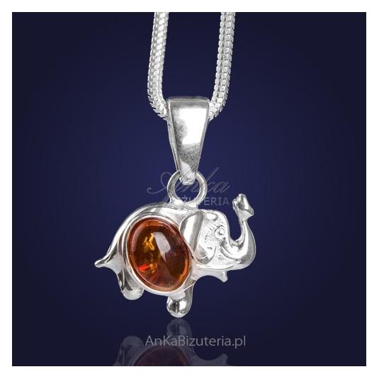 """Biżuteria Srebrna-""""Szczęśliwy Słonik wykąpany w Bałtyku"""" - srebrny z bursztynem."""
