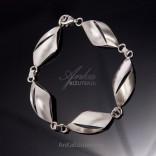 Silver jewelry for ladies Silver bracelet