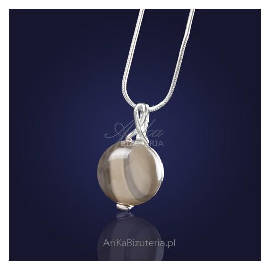Wisiorek srebrny z krzemienia pasiastego -okrągły