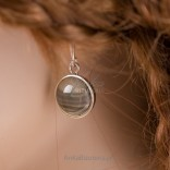Charming and delicate silver earrings made of striped flint